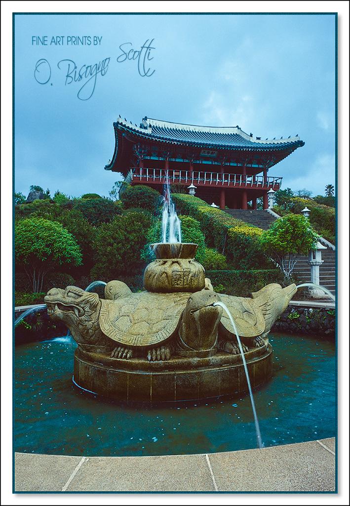 Korea, Fountain and Temple